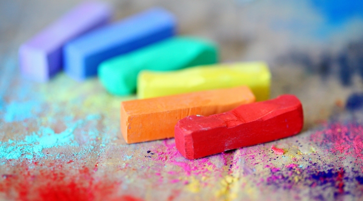 Image shows coloured pieces of chalk